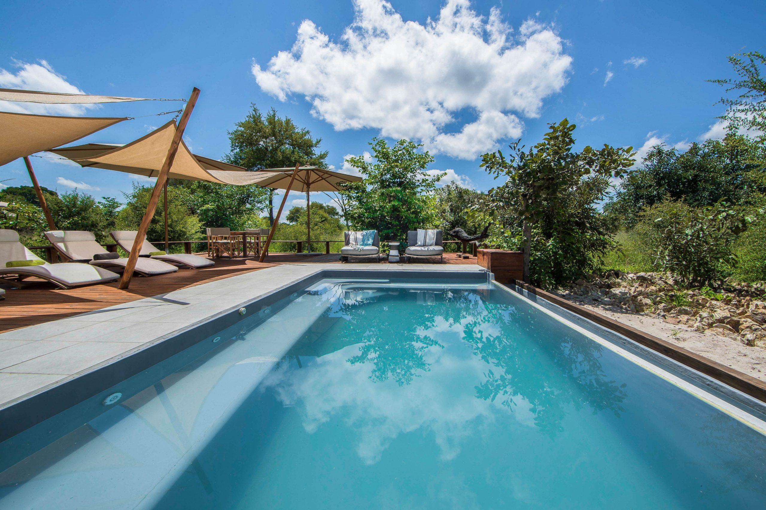 pool side Nokanyana