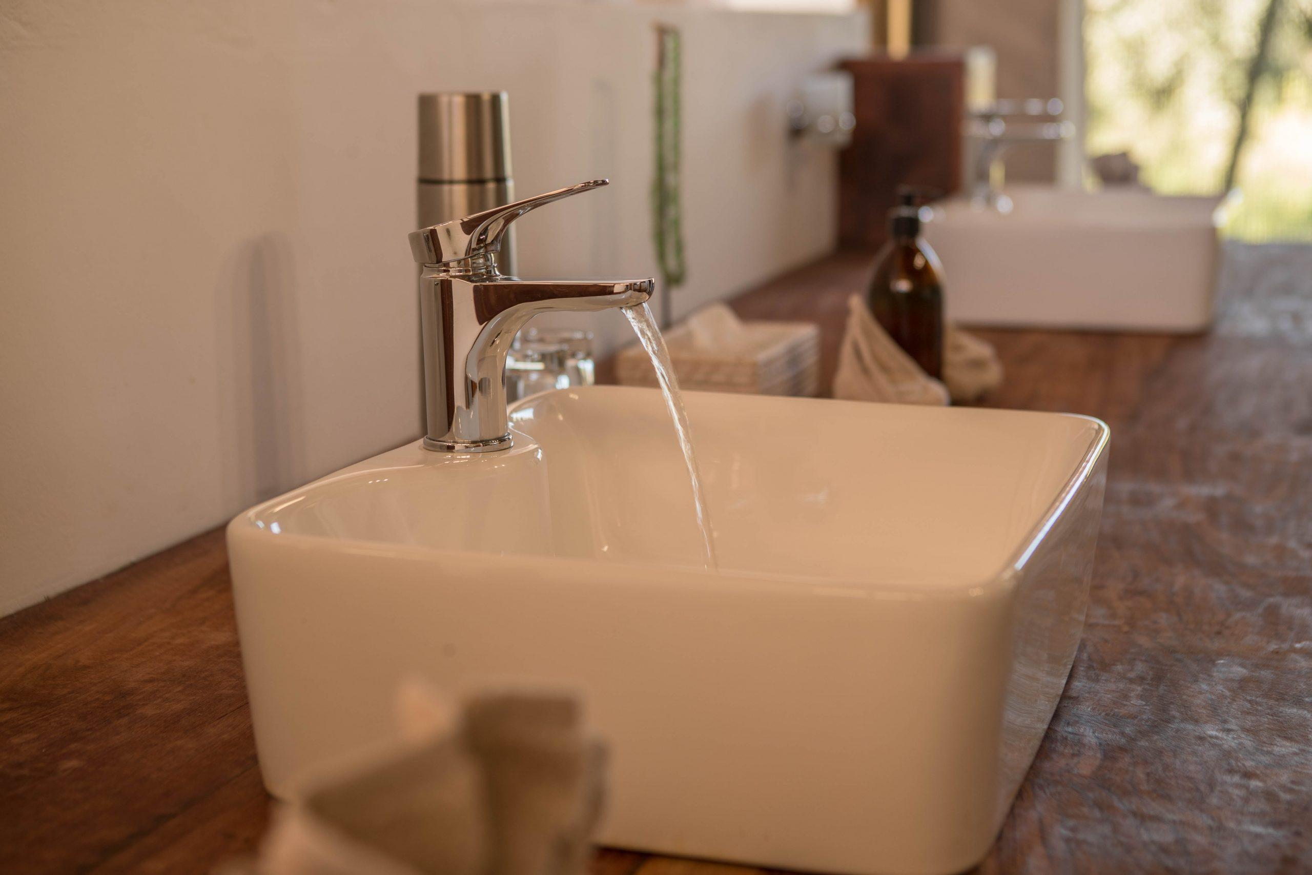 Complimentary eco-friendly toiletries Nokanyana luxury lodges